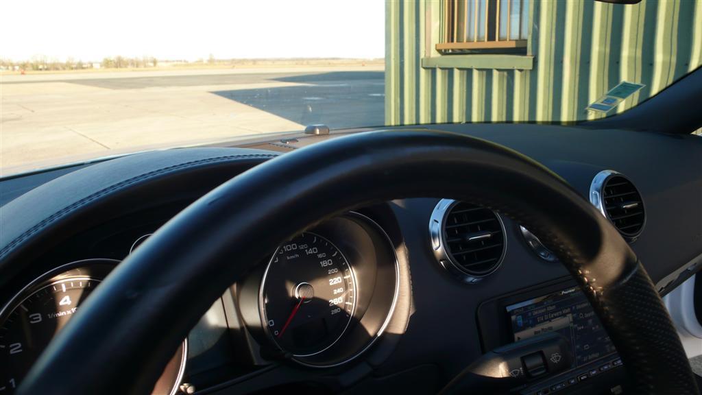 Mon Audi TT mk2 Roadster Sline Stronic Ibis - Page 4 P1050149-30a1511