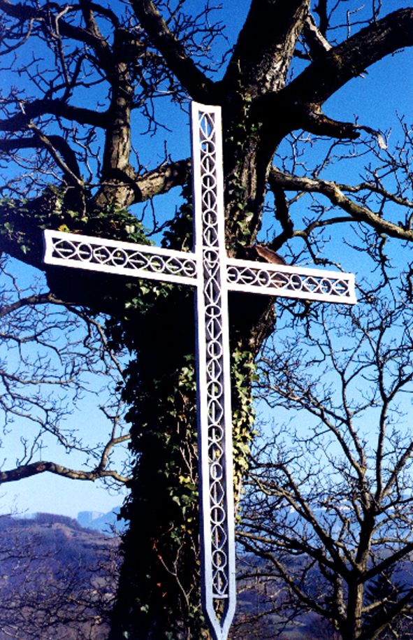 Sacrilège ou prodige ? La-croix-de-toutes-aures-31d7330