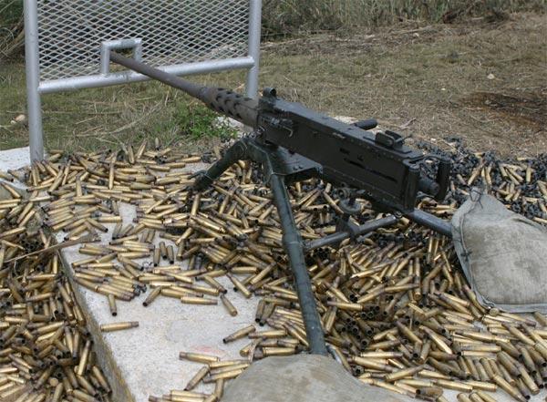 présentation arcange (président de l'association) M2_machine_gun-3114d96
